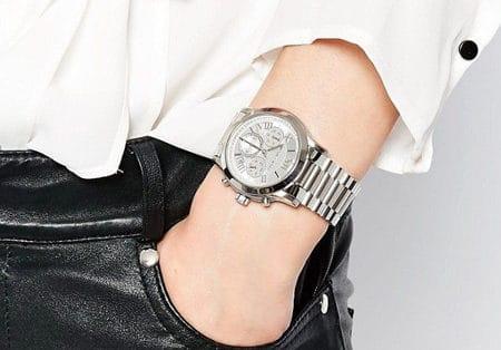 Модели часов унисекс: особенности лаконичного дизайна